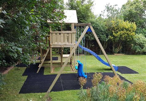 swing side penthouse r and swing climbing frame green hands