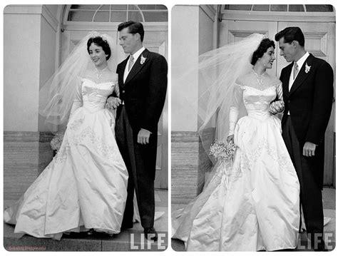 Dres Elizabeth elizabeth s wedding dress famed weddings
