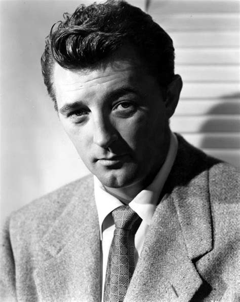 biography person list classic actors robert mitchum style screens and film noir