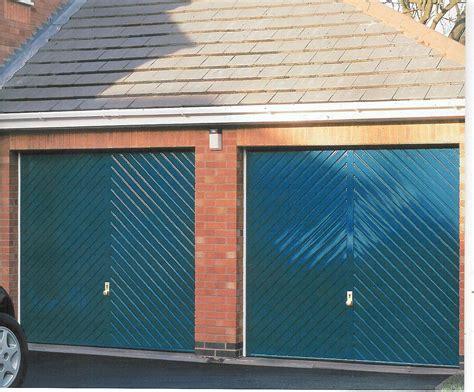 Marple Garage by 8512 Marple Doors