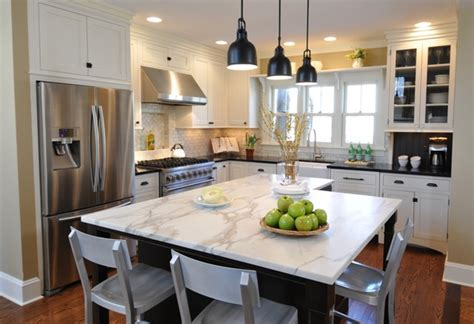 1920's Bungalow   Traditional   Kitchen   chicago   by The