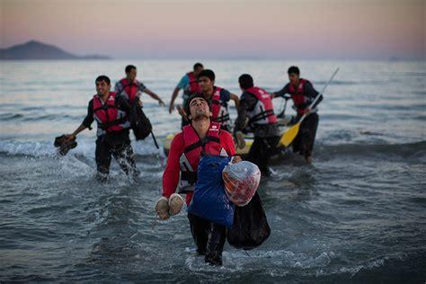 syrian refugee crisis boat syrian refugee crisis boat newhairstylesformen2014 com