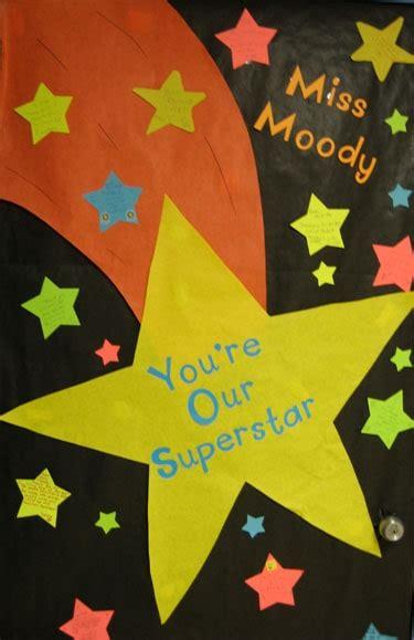 teacher appreciation door decoration ideas skip   lou