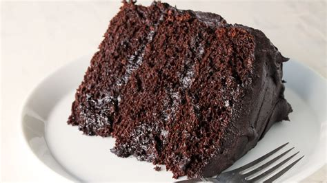 how to make a cake how to make the most amazing chocolate cake