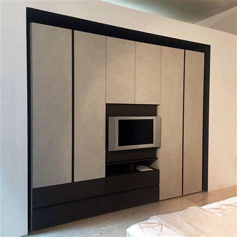 armadio tv armadio tv armadio moderno in legno laccato brillante a