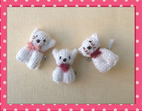 knitted bear and cat pins knits by sachi