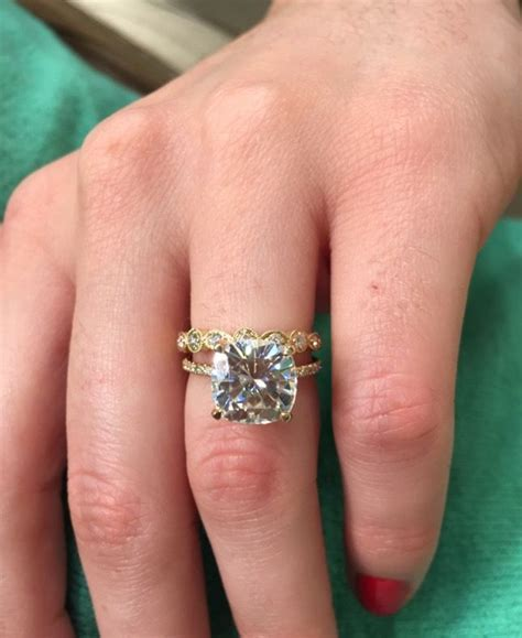 66 best images about Your Moissanite on Pinterest   Halo