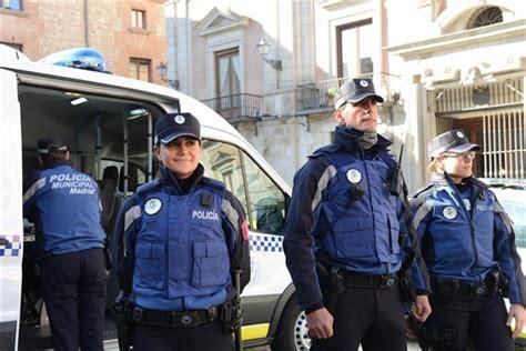 nuevo uniforme de la policia la polic 237 a municipal lucir 225 su nuevo uniforme a partir de