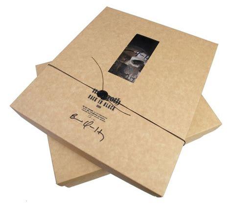 Tshirt Kaos Fast Food t shirt box packaging foldable cardboard t shirt