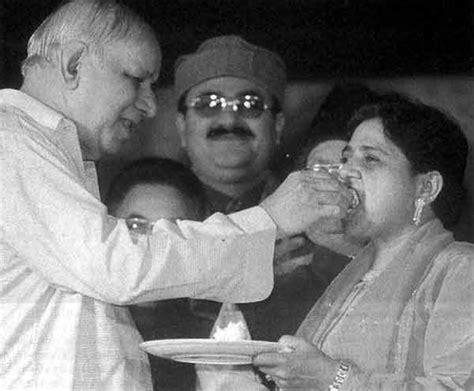 biography mayawati hindi behan mayawati fans club book behenji a political