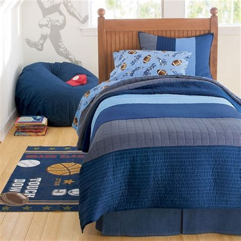Quilts For Boy Room by 310 Best Images About Boys Bedrooms Bedding