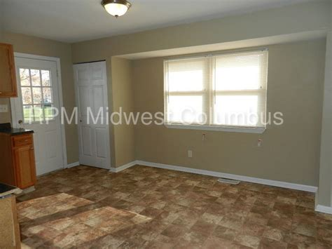 3 bedroom apartments in reynoldsburg ohio 6568 portsmouth dr reynoldsburg oh 43068 rentals