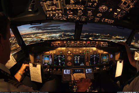 Miniatur Pesawat Emirates Airlines Boeing B777 300er Medium Size boeing 737 85p air europa aviation photo 1597642