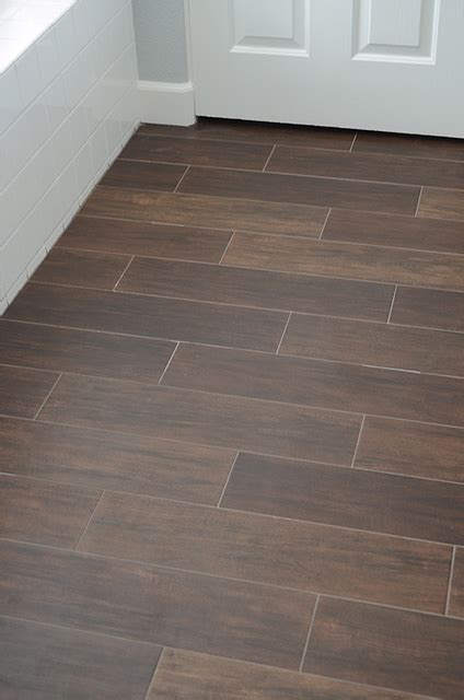 Ceramic Wood Tile Flooring Best Plan 187 Archive 187 Bath Room Ceramic Flooring Looks Like Wood