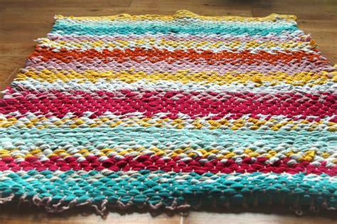 diy rag rug loom woven t shirt rug rugs ideas