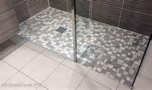 carrelage sol salle de bain galet peinture faience salle