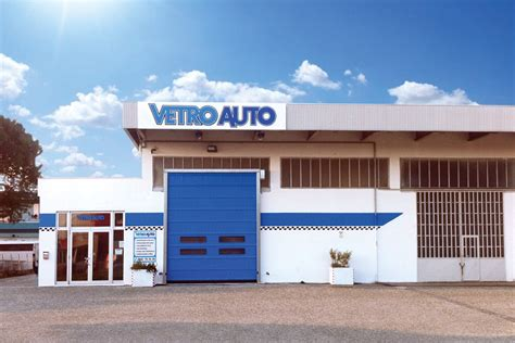 igienizzare interni auto pulizia e igienizzazione interni auto rimini vetro auto