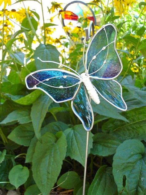 projects butterfly garden stake 170 best glas in lood voor de tuin stained glass for