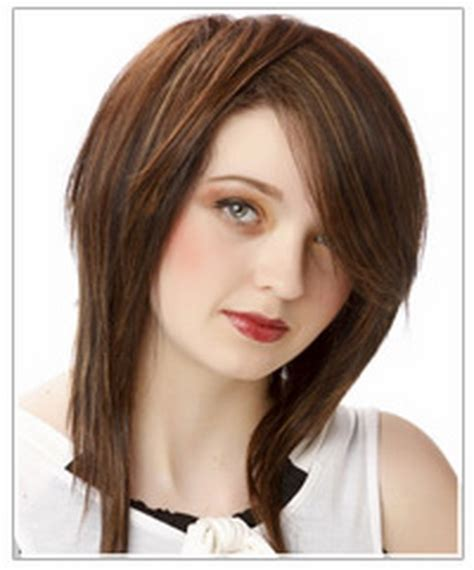 womens medium length layered razor cut hairstyle medium length razor haircuts
