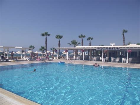 dome beach hotel resort pai ayia napa cypr opinie o room with a view family room picture of dome beach