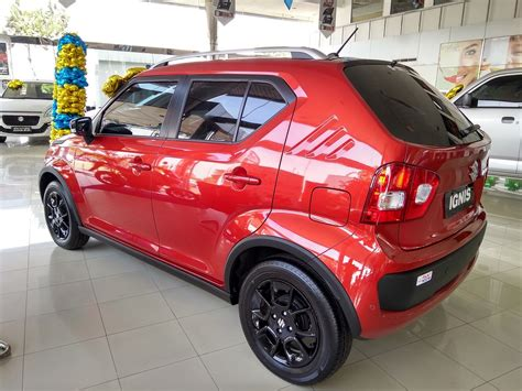 bantal mobil headrest suzuki ertiga merah cover mantroll mobil suzuki apv hitam merah bantal set