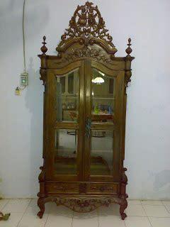 Lemari Kayu Jati Kuno toko barang antik 77 lemari pajang jati kuno