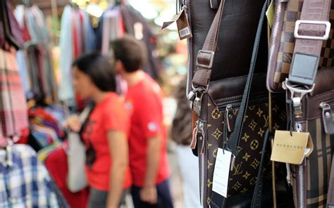 7 Signs That You Are Spending On Clothes by 7 Signs You Are Buying A Counterfeit Product