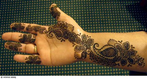 black henna tattoo on hand henna tattoos mehndi designs
