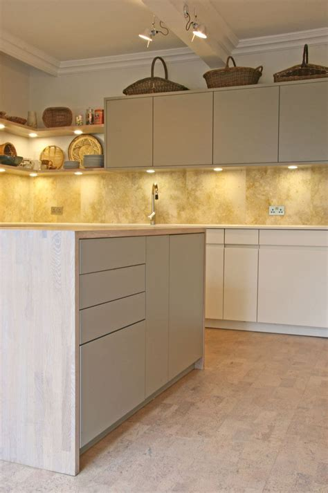 An Easy Guide To Kitchen Flooring Cork Kitchen Flooring