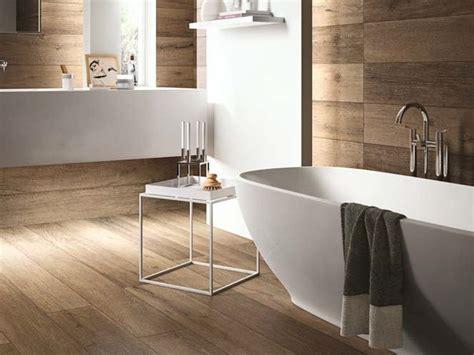 rivestimenti pavimenti interni pavimento rivestimento effetto legno per interni ed