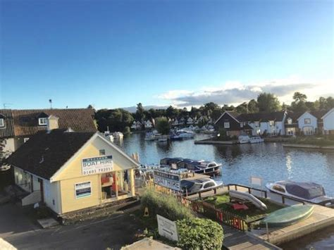 boats wroxham wroxham boat hire picture of wroxham boat hire hoveton