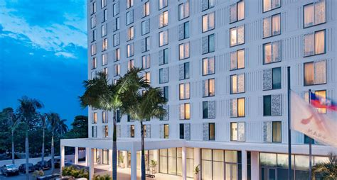 hotel in au prince marriott officially opens its luxurious hotel s doors in haiti