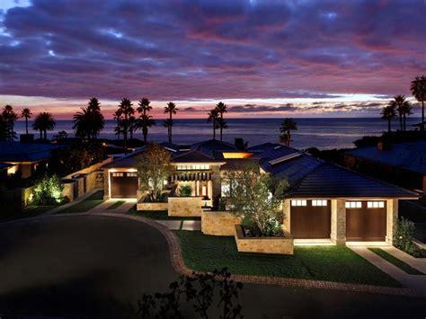 Bungalow Style House by Daily Dream Home Laguna Beach California Pursuitist