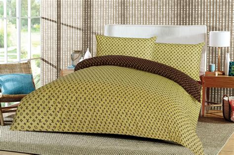 Brown King Size Quilt by New L V Yellow Brown King Size Cotton Blend Reversable