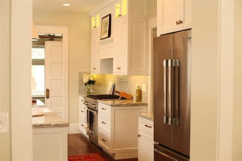 Benjamin Moore White Dove Kitchen Cabinets | white dove cabinets transitional kitchen benjamin