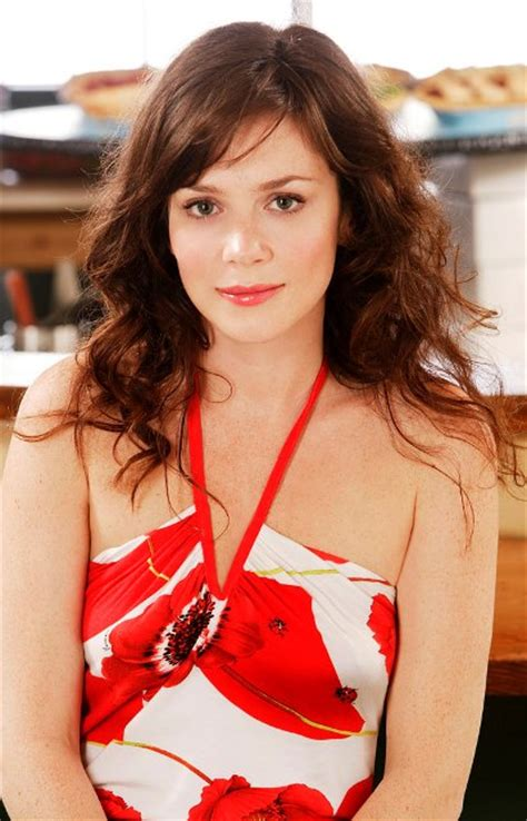 3 Feet Plan Anna Friel Bra Size Age Weight Height Measurements