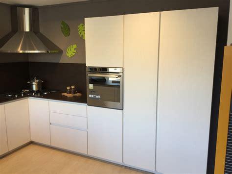 Cucine Moderne Bianche E Legno by Cucina Arrital Cucine E Cemento Moderna Legno