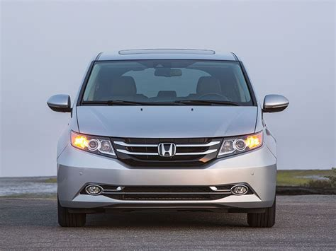 Honda Odyssey Road 2016 Honda Odyssey Road Test And Review Autobytel