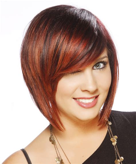 Model Rambut 50s Style casual bob hairstyle with side swept bangs