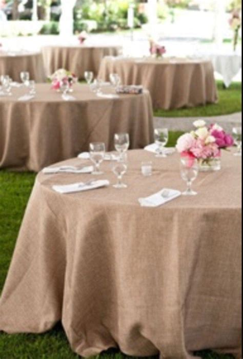 Wedding Tablecloths by Best 25 Burlap Tablecloth Ideas On Burlap