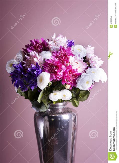 Bouquet Of Flowers In A Vase by Bouquet Of Flowers In A Vase Stock Photo Image 41296340