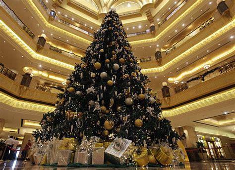negara arab membuat pohon natal pohon natal termahal di dunia ada di timur tengah