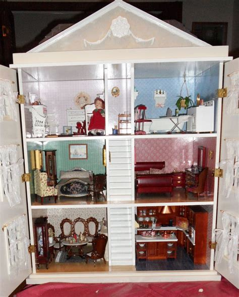 toys r us doll houses 17 best images about dollhouse interiors on pinterest miniature southern