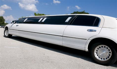 I Need A Limo by Who To Hire When You Need A Limo In Move Ltd