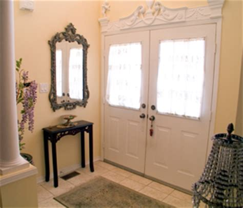 How To Decorate Entryway by How To Decorate Your Entryway For 100