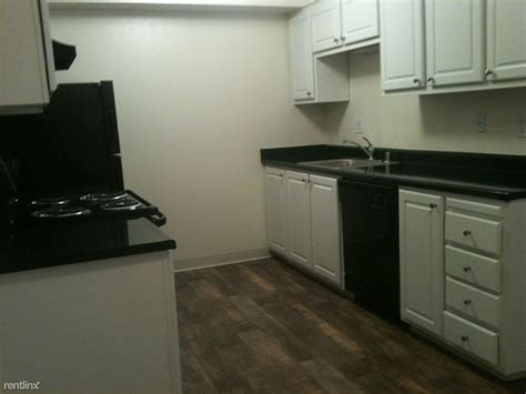 Camino Real Kitchens by El Camino Real Rentals Carmichael Ca Apartments