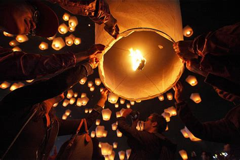 new year lanterns where to buy time for celebration on sky lantern festival in hyderabad