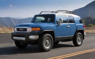 new cars and trucks 2015 2016 toyota fj cruiser carsfeatured