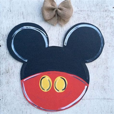Mickey Mouse Door by 1000 Ideas About Mickey Mouse Wreath On