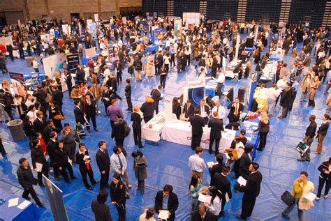 Mba Career Fair Nyc by How To Prepare For Career Fairs Business Management Mba Ms
